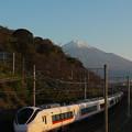 Photos: 富士山とE657
