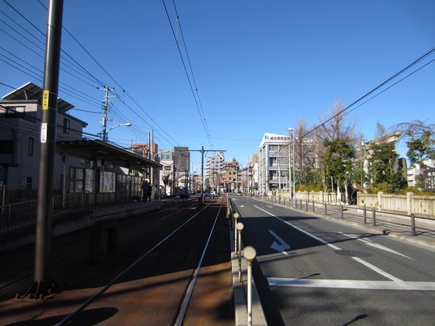 尾久八幡神社・都電荒川線宮ノ前駅2
