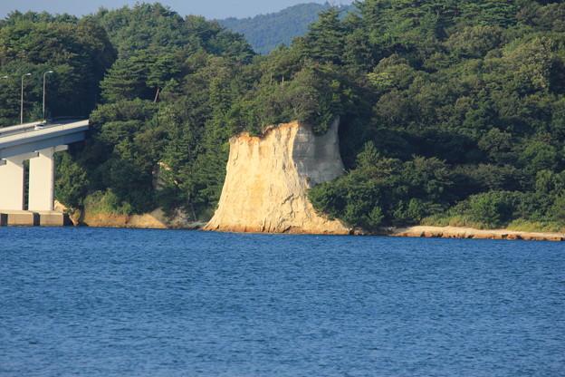 能登島の絶壁