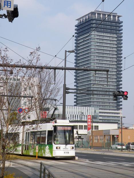 二本木口電停付近を行くLRV9700形。 #tram #japan #kumamoto #train
