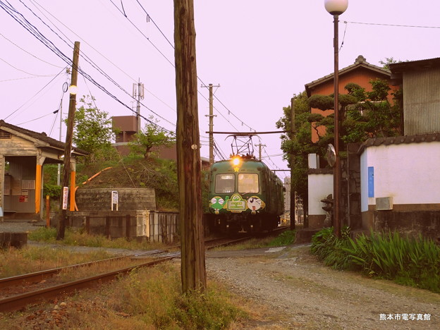 昭和30年代な雰囲気の打越駅。