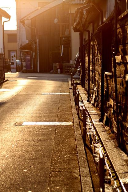 板壁のある町