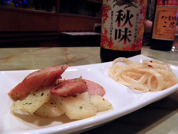 成増 旭町 グルメ・スナック ひいらぎ(柊) 今夜のお通し ウィンナー炒め