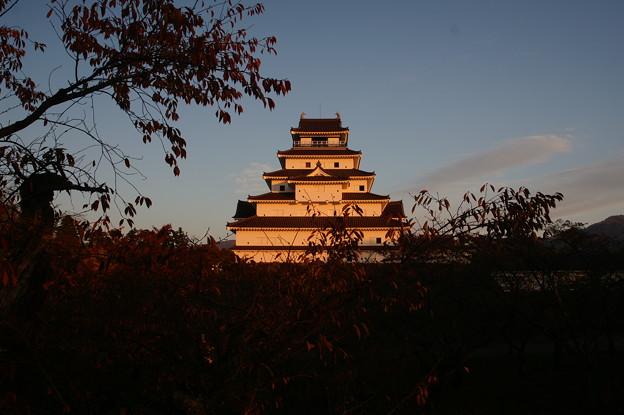 夕暮れの鶴ヶ城