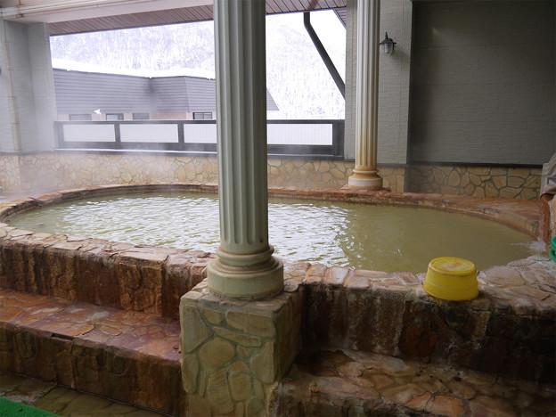 アルプス街道平湯の露天風呂
