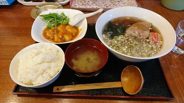 藤乃家 華さんの学食