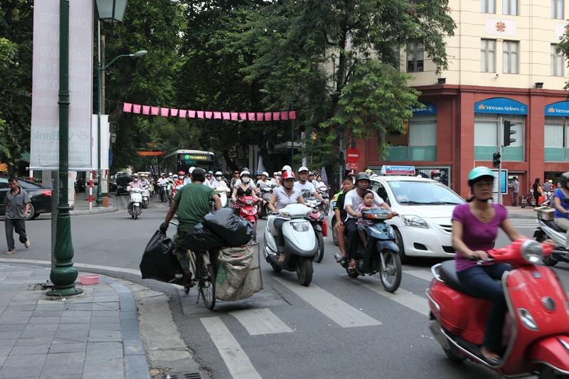 IMG_7533ベトナム旅行・ハノイにて