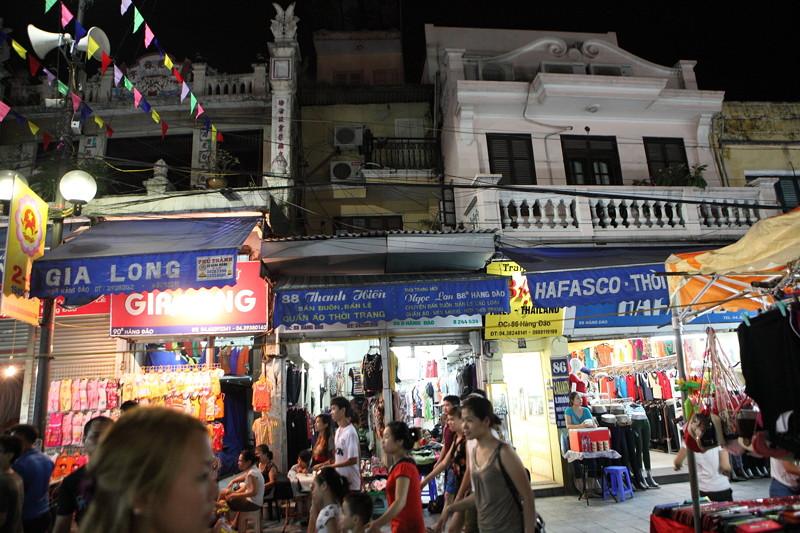 IMG_7731ベトナム旅行・ハノイにて