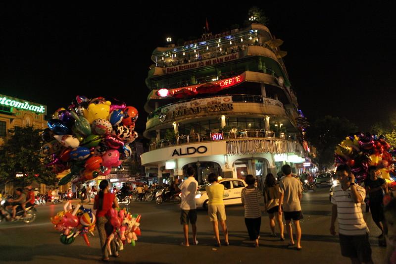 IMG_7786ベトナム旅行・ハノイにて