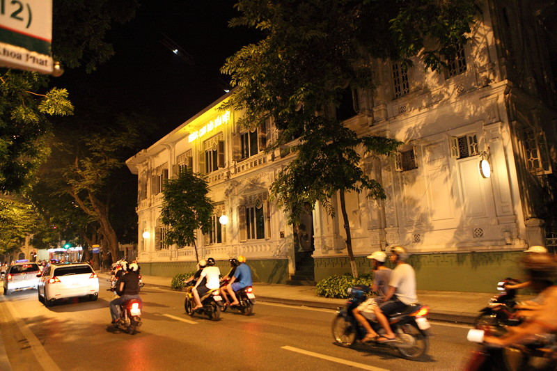 IMG_7815ベトナム旅行・ハノイにて