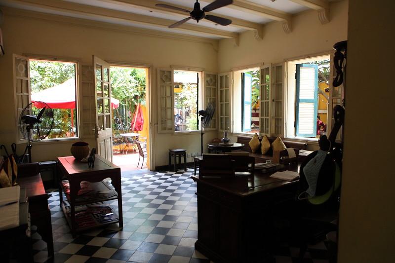 IMG_8434ベトナム旅行・ハノイにて