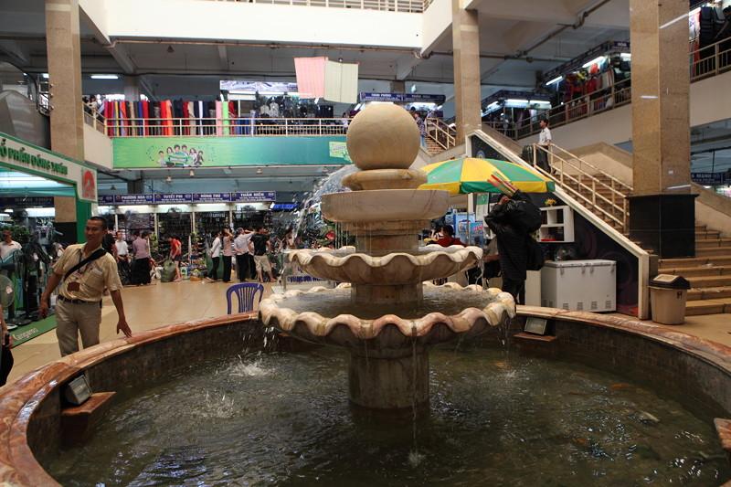 IMG_8577ベトナム旅行・ハノイにて