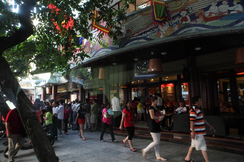IMG_8746ベトナム旅行・ハノイにて