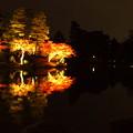 兼六園 ライトアップ 霞ヶ池に浮かぶ 蓬莱島と時雨亭