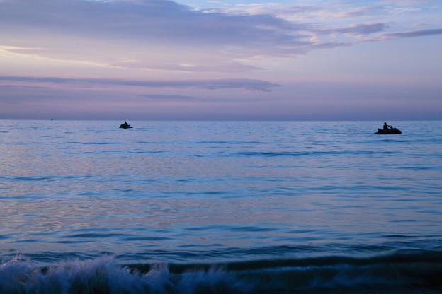 夕暮れの日本海 エメラルド