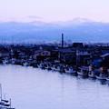 夕暮れの旧大野港と白山(1)