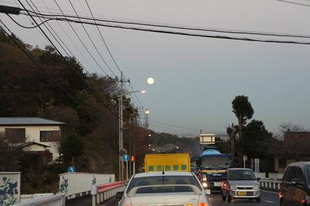 月を追いかけて 10