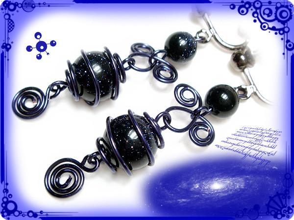 ∵くるくるくるりん渦巻き銀河のイヤリング ブルーサンドストーン(紫金石)ハンドメイド 手作り ワイヤーワーク(ワイヤーアート)ぐるぐるギャラクシー・イヤリング2