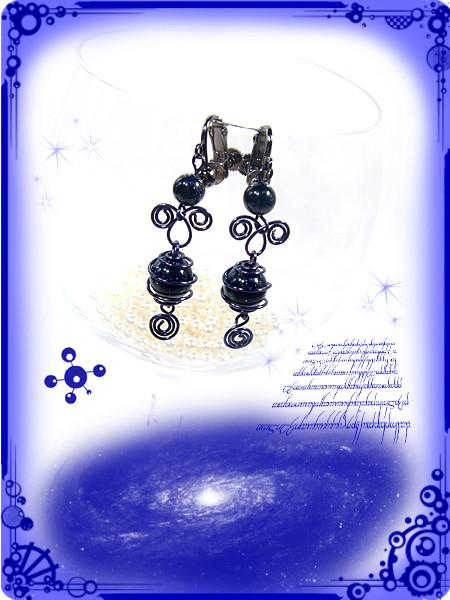 ∵くるくるくるりん渦巻き銀河のイヤリング ブルーサンドストーン(紫金石)ハンドメイド 手作り ワイヤーワーク(ワイヤーアート)ぐるぐるギャラクシー・イヤリング3