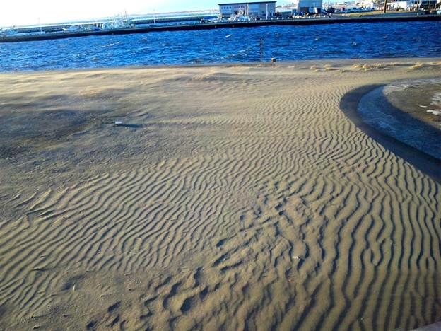 江ノ島帰りに望む砂紋