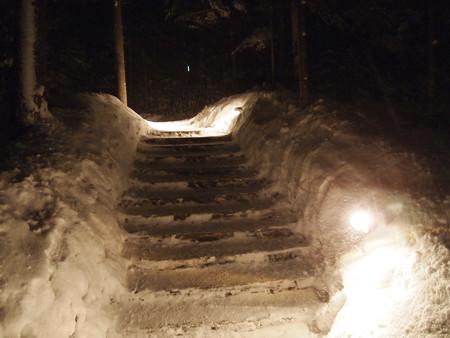 23雪の階段