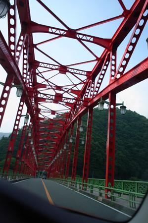 奥多摩_赤い橋