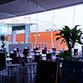 Photos: HDR 横浜港大桟橋に来た砕氷艦しらせ? 大桟橋ロビーの喫茶店より