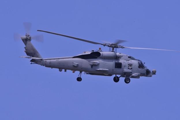 GW最後の日 午後の訓練中 HSM77海洋戦闘ヘリ飛行隊SABERHAWKS・・20130506