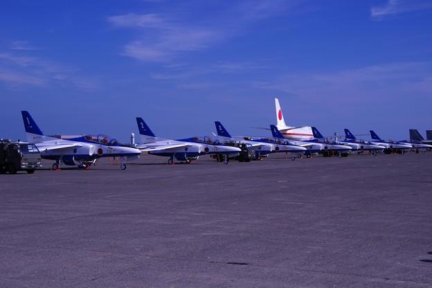 終了した千歳基地航空祭。。人気も少なくなったエプロンサイド。。