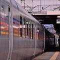 Photos: 南千歳駅を出発するカシオペア。。明日には上野