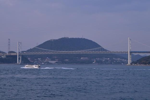 Photos: 福岡と山口の境・・関門海峡