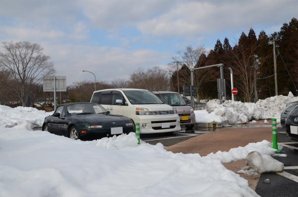 計らずもVR-Bと雪の写真を撮る事が出来ました。