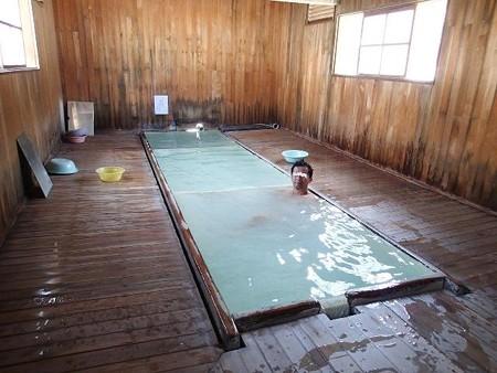25 7 青森 恐山 花染の湯 7