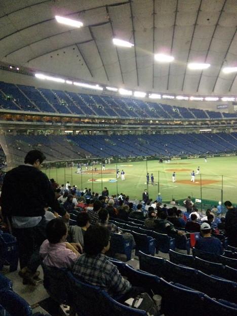 写真: 東京ドームなう。ほとんど空...