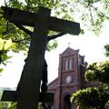 写真: 逆光の教会
